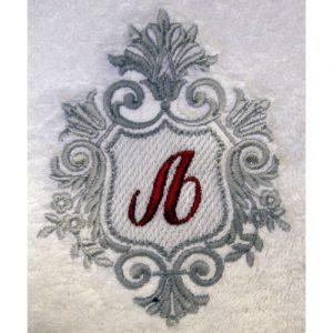 Vezeni inicijali i grbovi-500x500